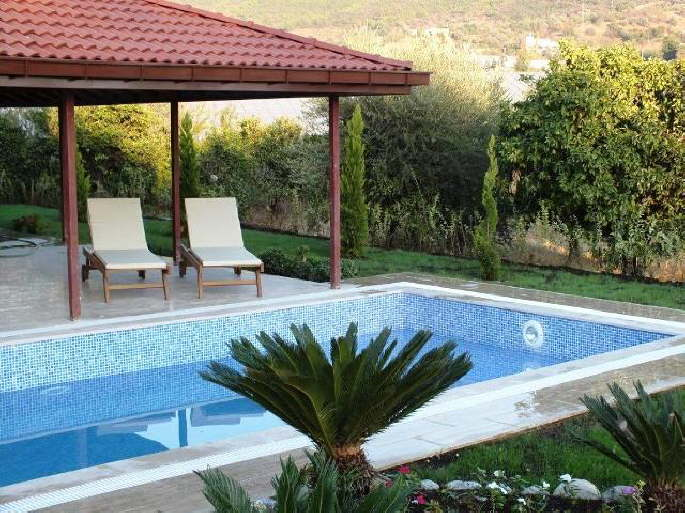 07400 alanya gazipasa neubau villa auf ca 500 m2 grundst ck mit m bel und pool zu verkaufen. Black Bedroom Furniture Sets. Home Design Ideas